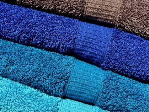 LInen Closet Towels Folded