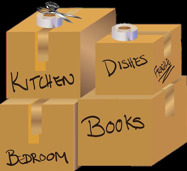 packing boxes Nina Garman from Pixabay